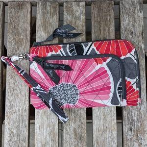 NWOT Vera Bradley Zip Zip Wristlet Cheery Blossoms